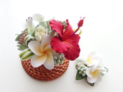 南国のお花の小さなアレンジメント