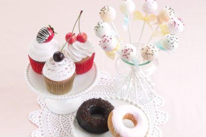 DECOパーソナルギフト カップケーキ・ドーナツ・ケーキポップ / クレイクラフト フェイクスイーツ