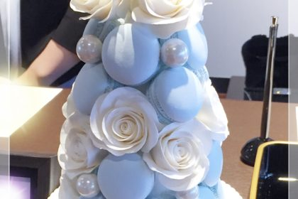 友人の結婚式へ、マカロンタワーのプレゼント