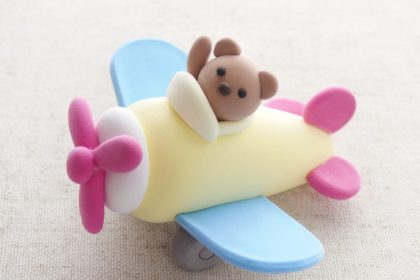 子供粘土教室 くまのプロペラ飛行機